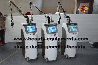 Trung Quốc Co2 Fractional Laser With RF Metal Tube 10600nm CO2 Skin Peeling Laser System nhà cung cấp