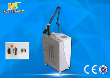 Trung Quốc Medical  Laser Tattoo Removal Equipment Double Lamps 1064nm 585nm 650nm 532nm nhà phân phối